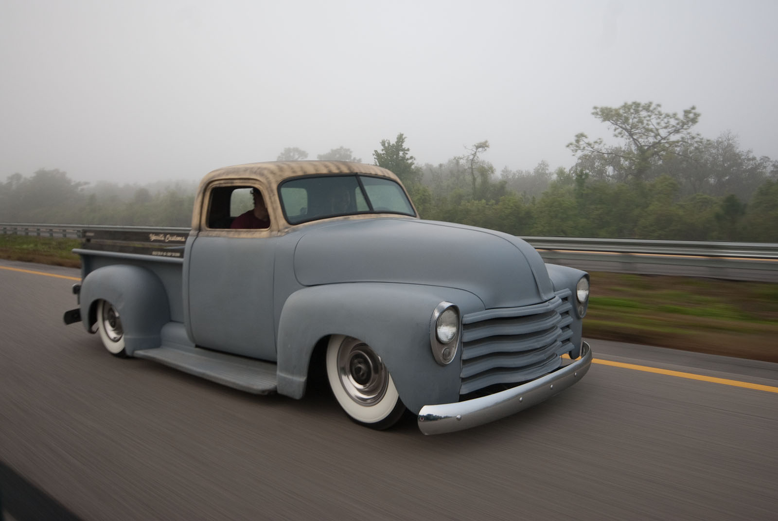 1952 Chevy Truck Chop Top Yarils Customs 1949 Frame Swap Dsc0007